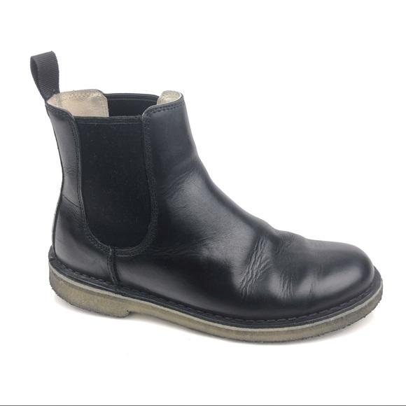 520e7f7344e Clarks Mens Desert Peak Crepe Sole Chelsea Boots